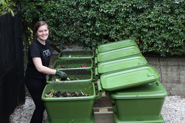 Hungry Bin Worm Farm - Fast, simple and easy to use, hungry bins are perfect for onsite processing of food waste.