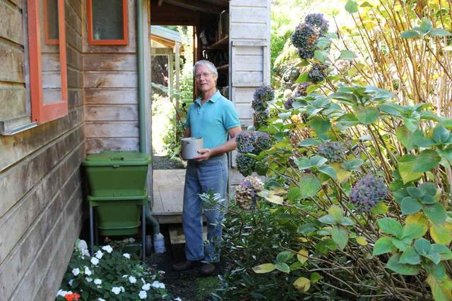 Hungry Bin Worm Farm - John Bell keeps his hungry bin right by his back door where it is convenient to use.